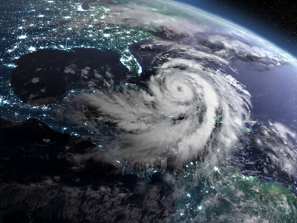 How Do Large Ships Deal with Hurricanes?
