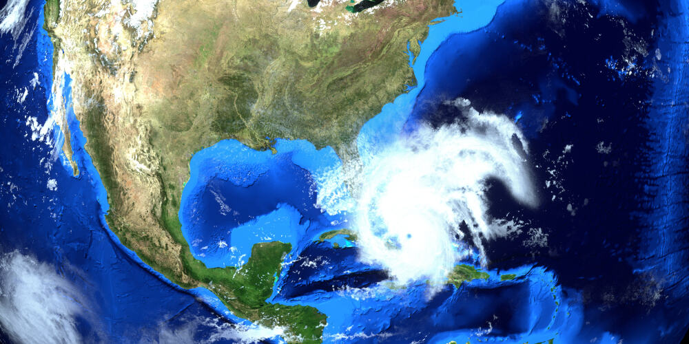 How Adverse Weather Impacts the Shipping Industry