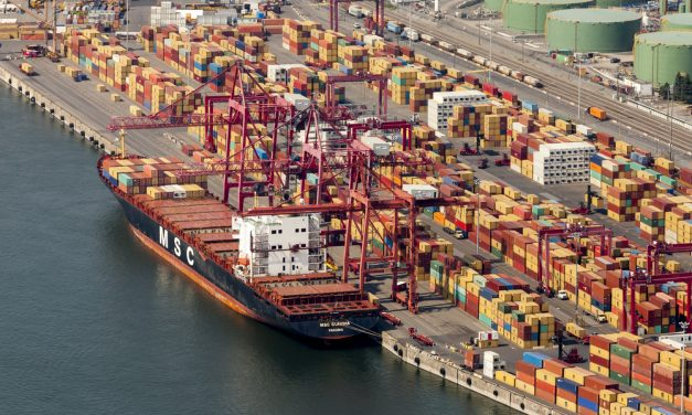 Montreal Port Workers Strike, Complicating Post-COVID Economic Recovery